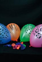 50 Ballons Fluo Safari assortiment de couleurs