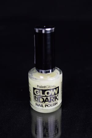 Vernis à ongles invisible phosphorescent